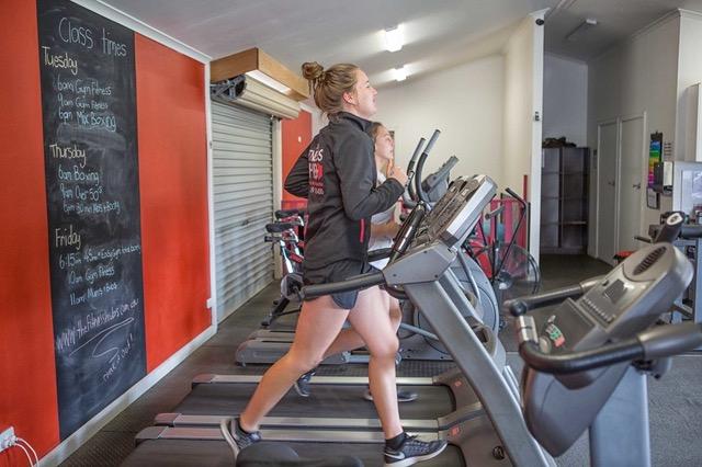 The-Fitness-Hub-Robe-Kingston-5