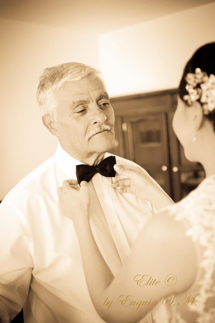 Bride and Dad Getting Ready San Miguel de Allende