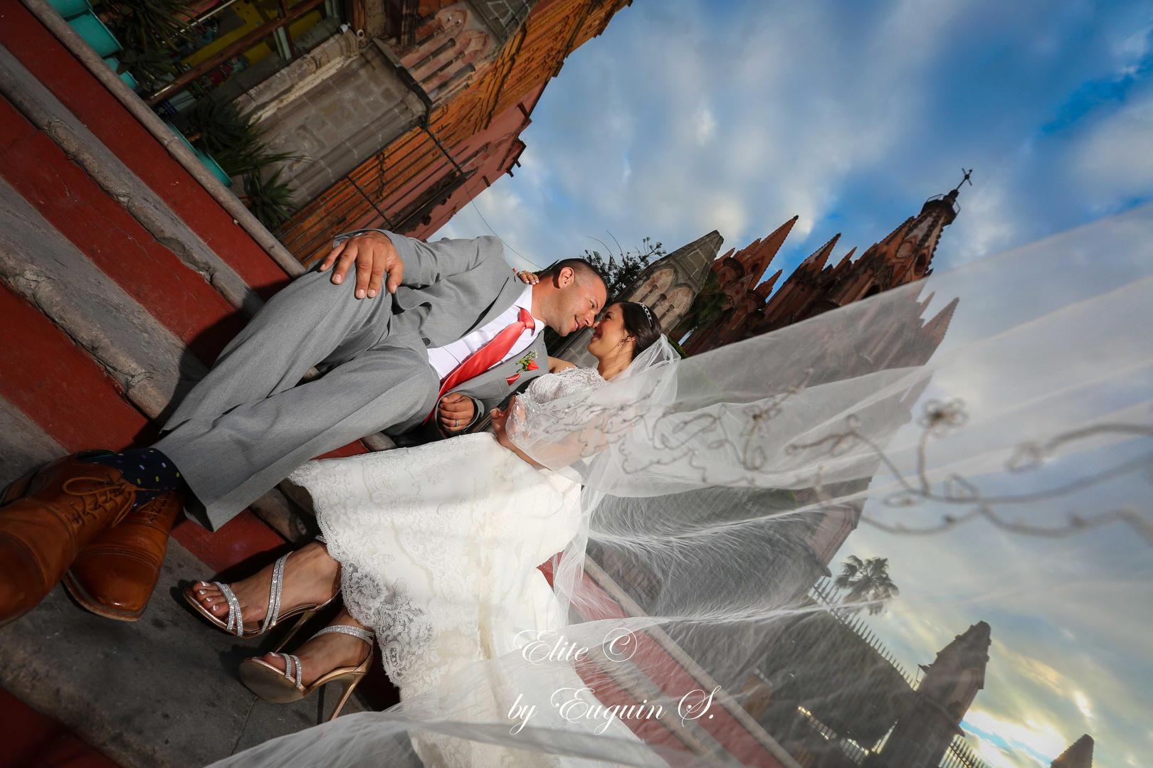 Parroquia de San Miguel Wedding photo