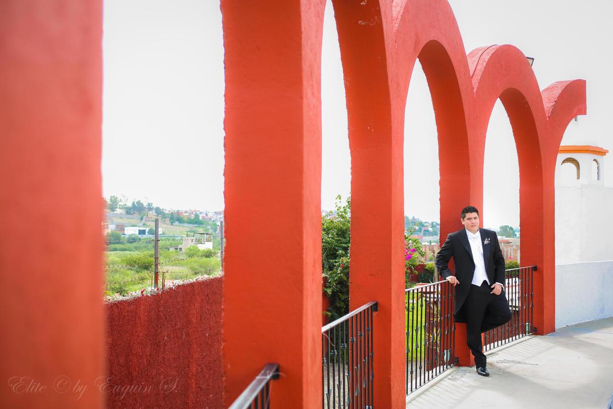 Real de Minas San Miguel de Allende groom