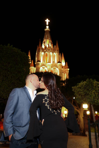 Engagement photoshoot San Miguel de Allende Elite Photo and Gallery by Euguin S M