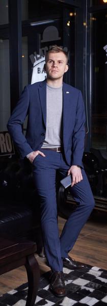Антон, директор по маркетингу