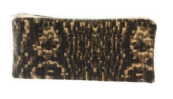 skinny pouch no. 753w