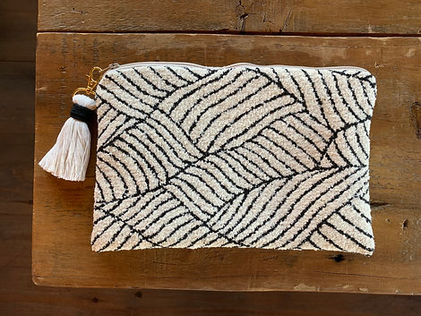Clutch with eco-fiber tassel.jpg