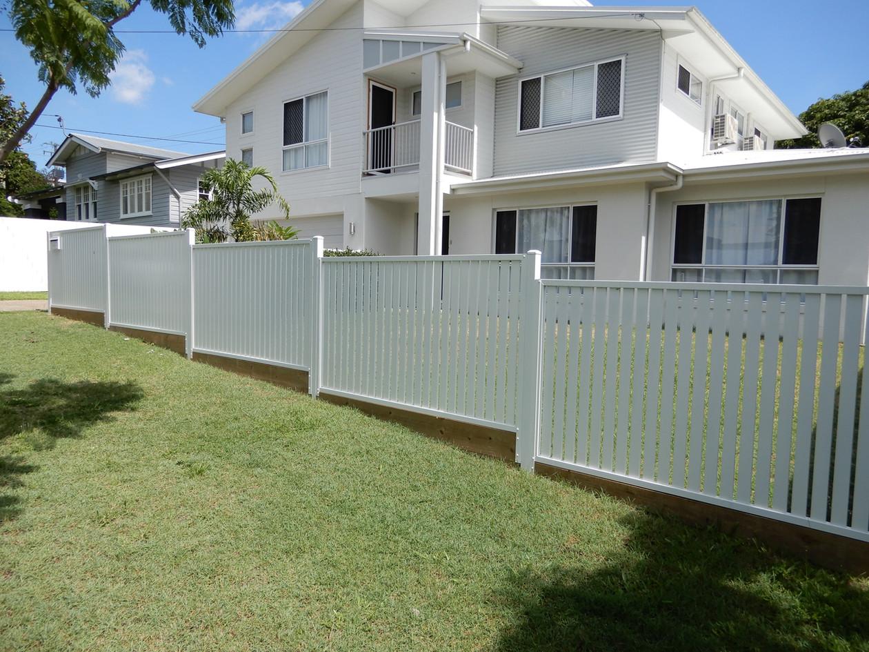 Vertical Slat Front Fence.JPG