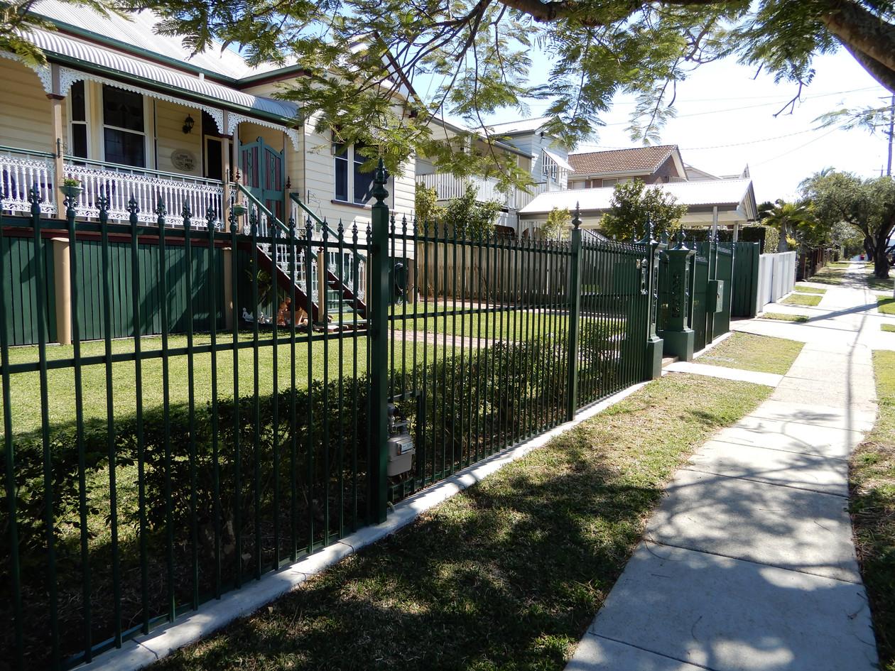 Custom Alumiunium Garden Fence