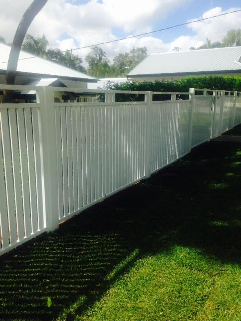 Vertical Custom Slat Garden Fence