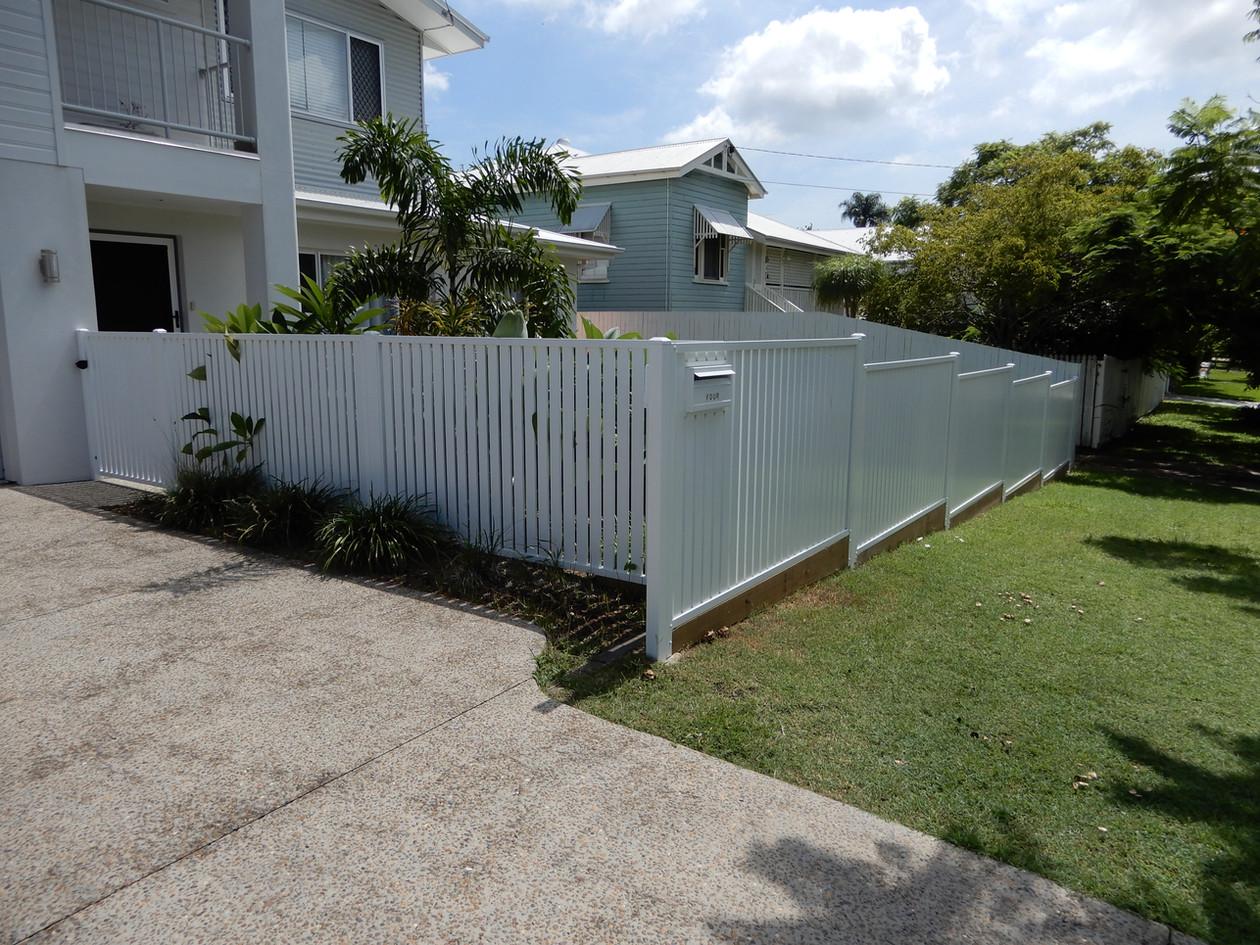 Slat Front Fence.JPG