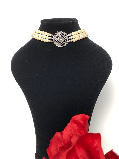 Perlenkropfkette mit Swarovski