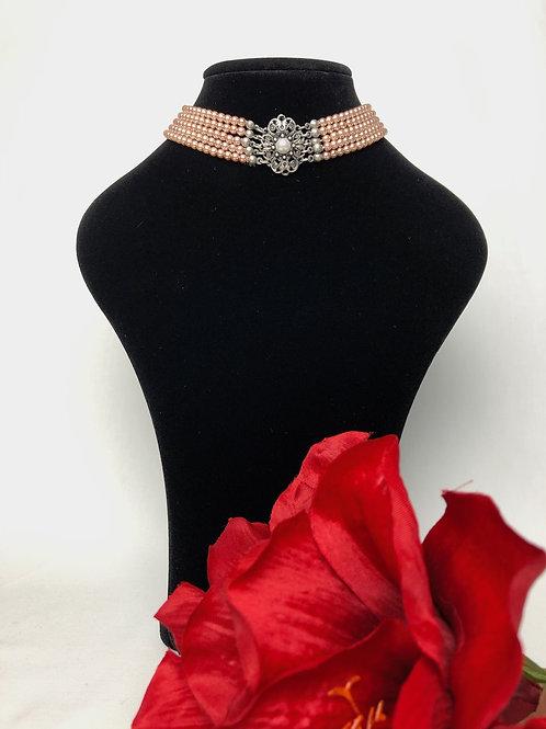 Kropfkette mit Perlen rose