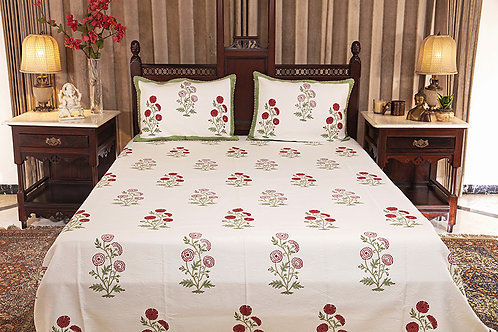 Red Chrysanthemum Jacquard Bed Cover