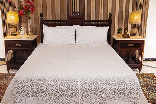 Kalwar Totem Bed Cover