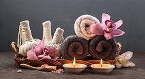 Easy Himalayan Pink Salt Bath at home