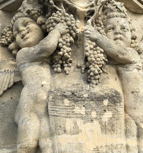 Grape harvest sculpture