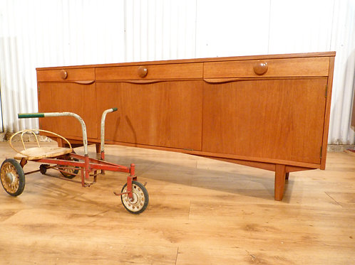 Elliot's of Newbury EON teak mid century sideboard drinks cabinet buffet