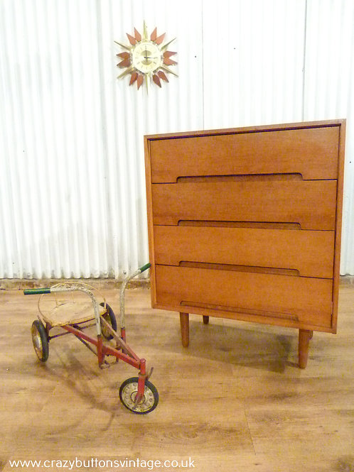 Stag C range chest of drawers