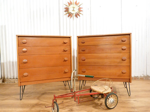 Stag cantata Mid-century pair of teak chest of drawers hairpin legs