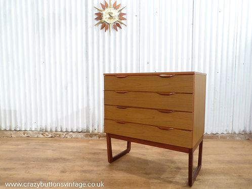 Europa 4 drawer chest of drawers