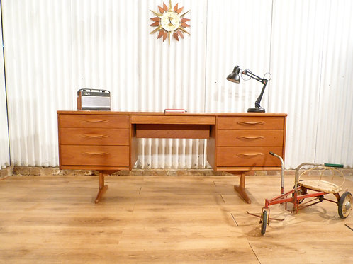 Fantastic Austinsuite mid century teak desk dressing table