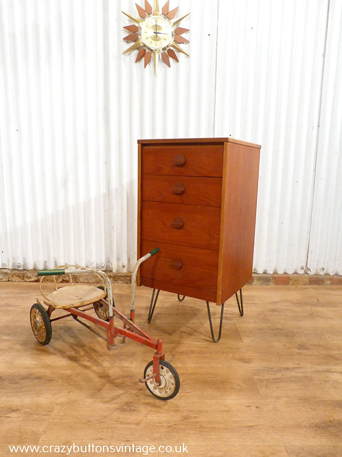 Stag Cantata chest of drawers