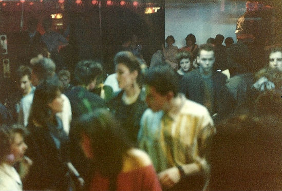 29 clubs-rathaus-1985_march-dancefloor-i