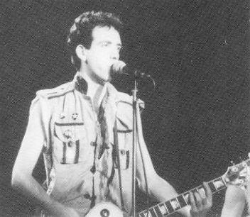Clash, Mick Jones, Joe Strummer, Paul Simonon, on-stage, Newcastle City Hall 1982, punk, post-punk, London Calling
