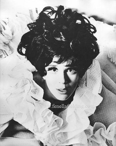 Fenella Fielding portrait that Fellini liked so much taken in 1966