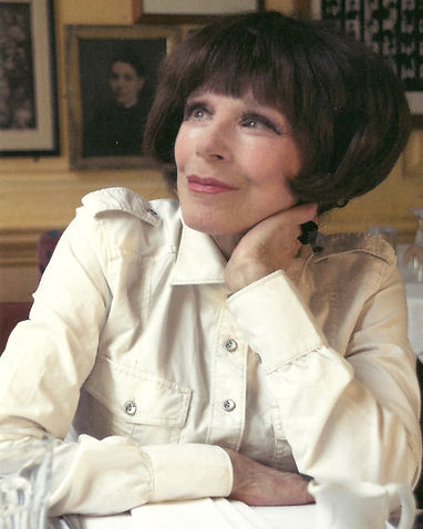 Fenella Fielding portrait by Simon Carter 2010