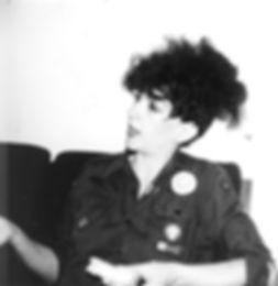 ESN3-Au_Pairs-Lesley_Woods-sandwich-1981