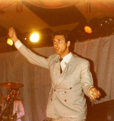 Jon King, on-stage, Gang of Four, Winnetou, Entertainment, Damaged Goods, Andy Gill