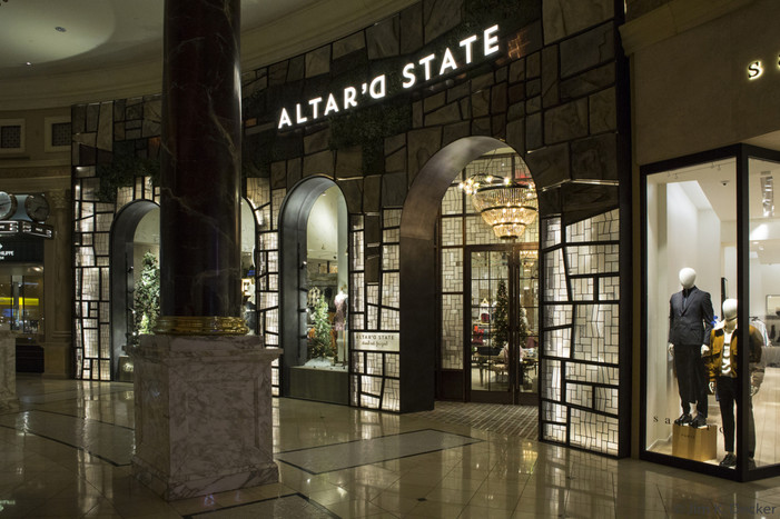 Three New Retailers Debut Exclusively in Las Vegas at The Forum Shops At Caesars Palace