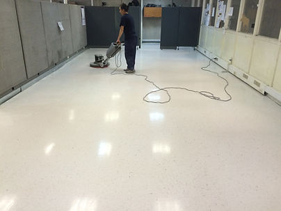 limpieza piso vinilicos