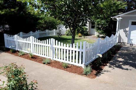 scalloped garden fence.jpg