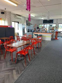Cafe & Seating