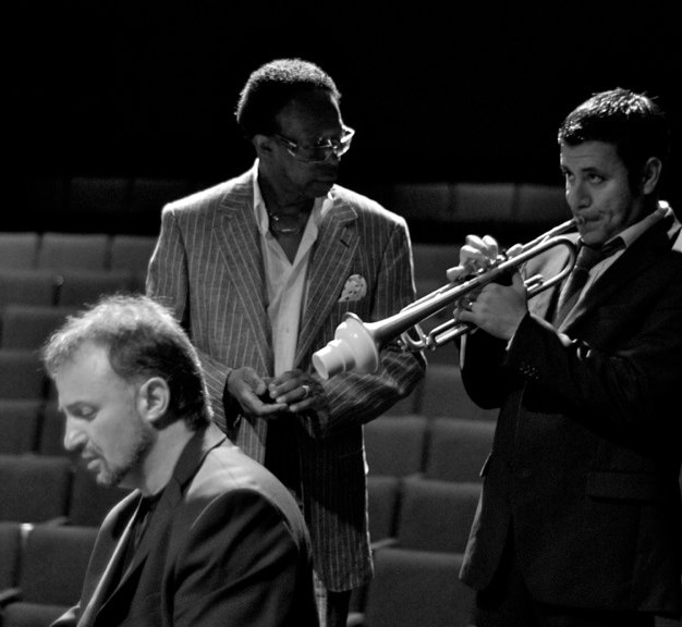 Mikan with Louis Hayes Quartet