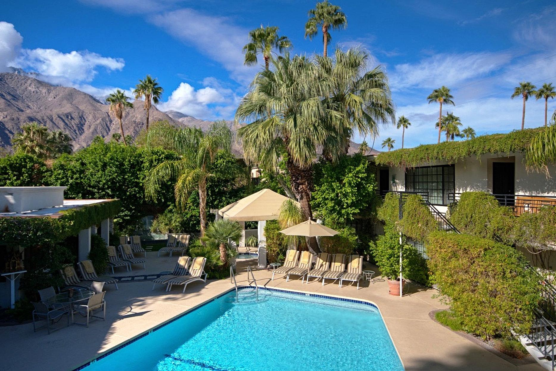 lush tropical poolside setting - Canyons Resort Hotels