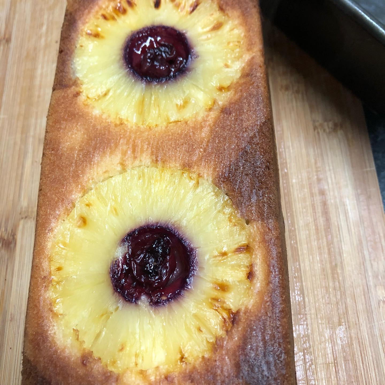 Pinapple cake.jpg