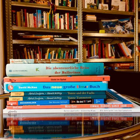 Kleiner Bücherturm