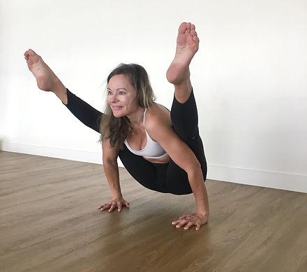Yoga%20House%20Instructor%20-%20Jatta_ed