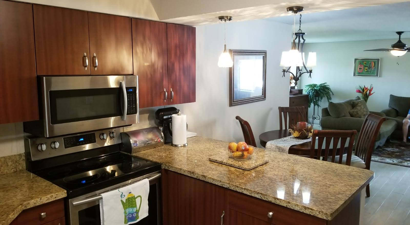 home for sale in plantation kitchen with