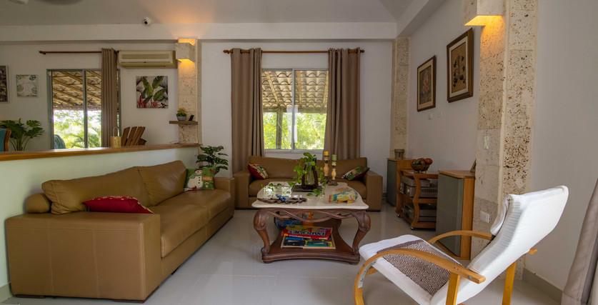 sala de estar de la casa de huéspedes