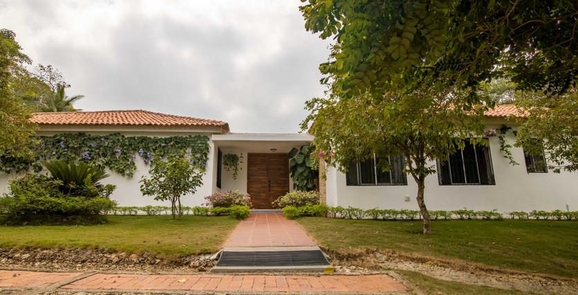 gran hacienda en venta en cartagena de indias colombia