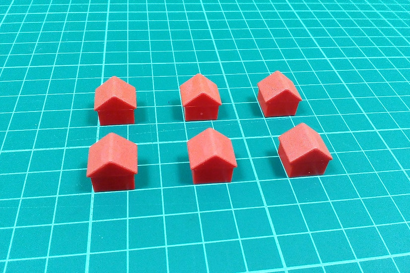 Plastic house - large red - PACK: 6