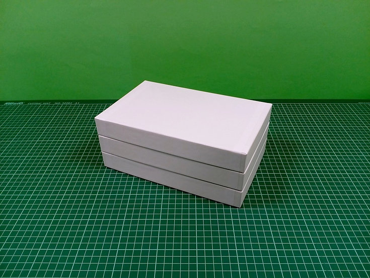 Boxes 24x15x3cm - hard cardboard - PACK: 3