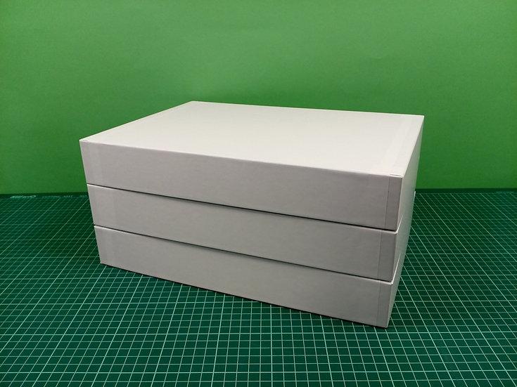 Boxes 34x24x5cm - hard cardboard - PACK: 3