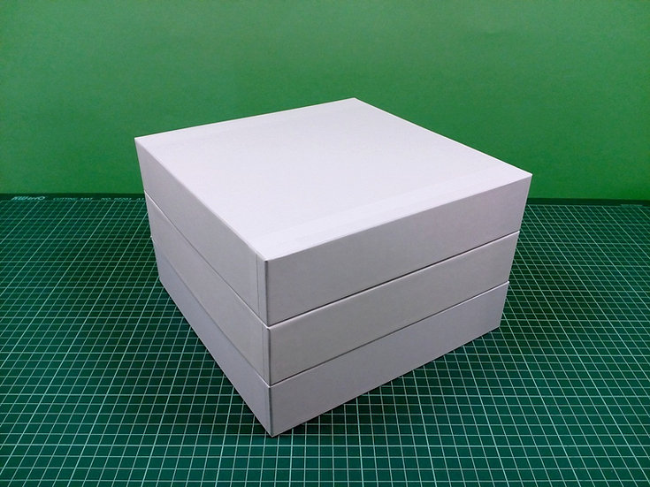 Boxes 24x24x5cm - hard cardboard - PACK: 3