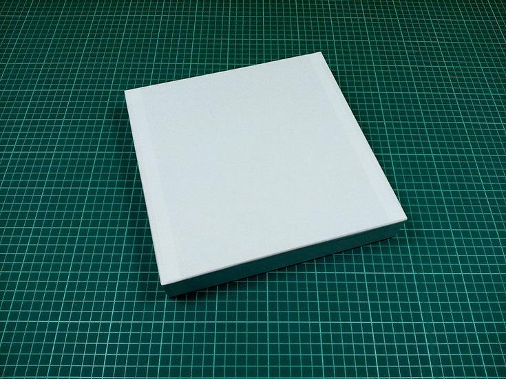 Box 24x24x4cm - hard cardboard