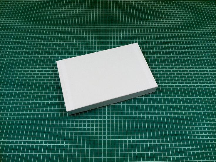 Box 24x15x3cm - hard cardboard