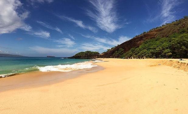 Hawaii_Maui_Big_Beach_(22636223722).jpg