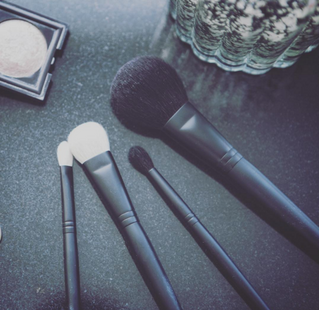 BASE Pro Artists Director Talks Makeup Brushes - What Should We Really Look For In A Makeup Brush